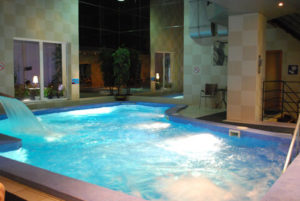 pool_indoor_3